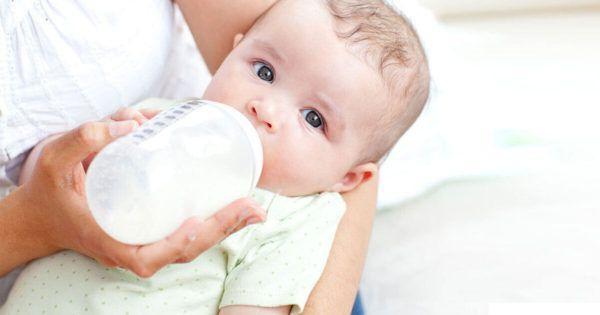 Допаивание малыша водой