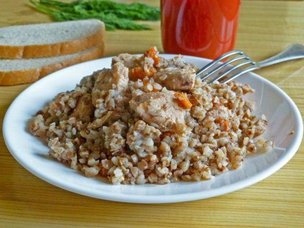 Гречка с курицей - оптимальное блюдо на ужин перед процедурой