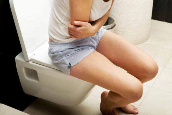 Когда в течение нескольких дней нет дефекации, то это указывает на болезни толстой кишки