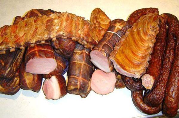 Копченые мясные изделия под запретом