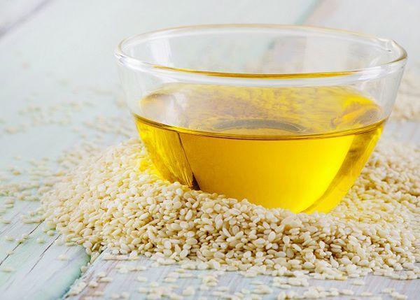Крупы рекомендуется заправлять, например, кунжутным маслом