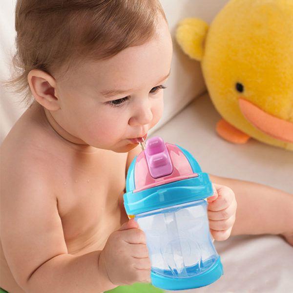 Ребенку можно дать воды