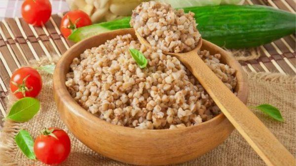 Блюда из круп легко усваиваются и обеспечивают организм женщины множеством питательных веществ