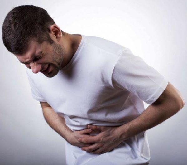 Боль под левым ребром спереди возле желудка
