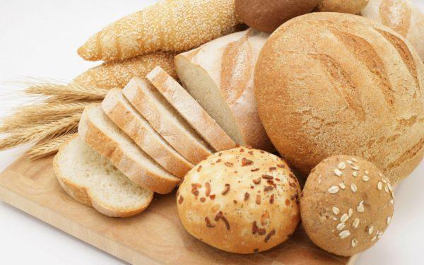 Хлеб разрешается употреблять вчерашним и посушенным