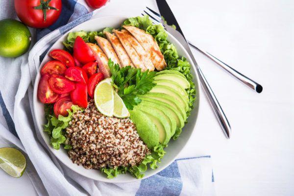 Несоблюдение диеты - частая причина болезней кишечника