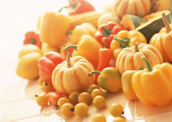 Овощи или фрукты оранжевого цвета вызывают окрашивание кала в оранжевый цвет