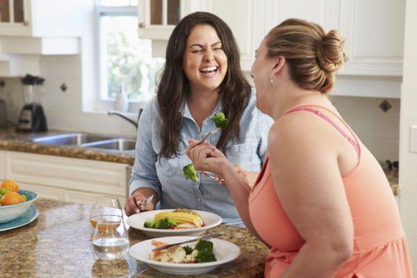 Переедание и ожирение могут спровоцировать развитие ГЭРБ