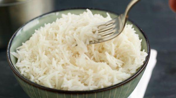 При диарее полезно питаться рисом