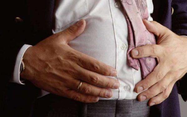 Проблемы с пищеварением случаются из-за несбалансированного рациона и вредных привычек