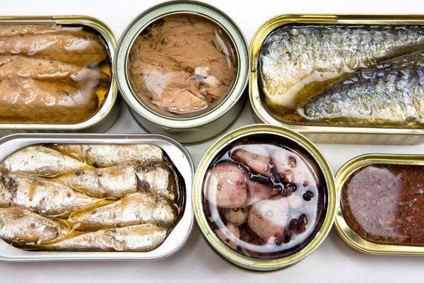 Противопоказано употребление рыбных консерв