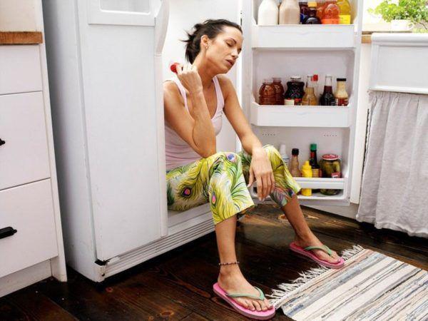 В жаркую погоду у большинства людей снижается аппетит