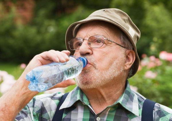 Вода - залог здоровья пожилых людей