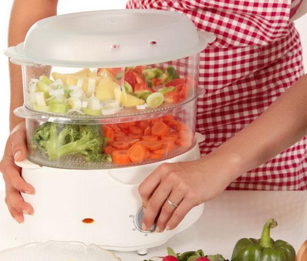 Если сахар при панкреатите повышен, акцент в рационе нужно сделать на паровых овощах с низким содержанием углеводов