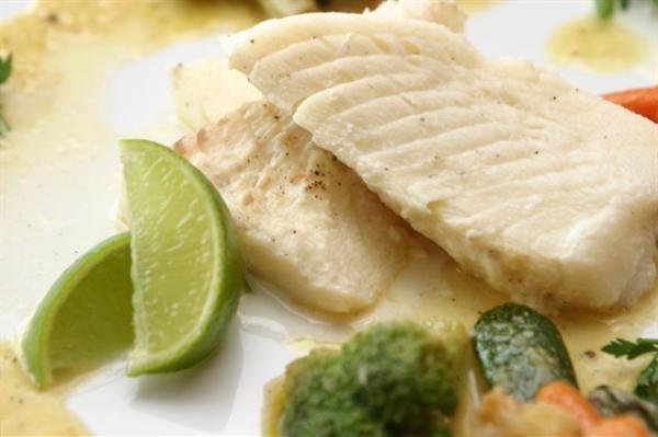 Нежирная отварная рыба