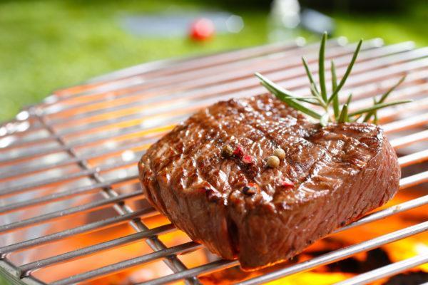 Нежирное мясо на гриле