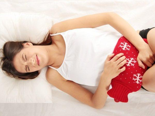 Очень горячая грелка может быть опасной при воспалительных заболеваниях