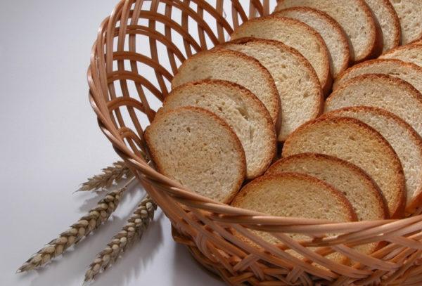Польза сухарей напрямую связана с качеством продуктов, входящих в их состав