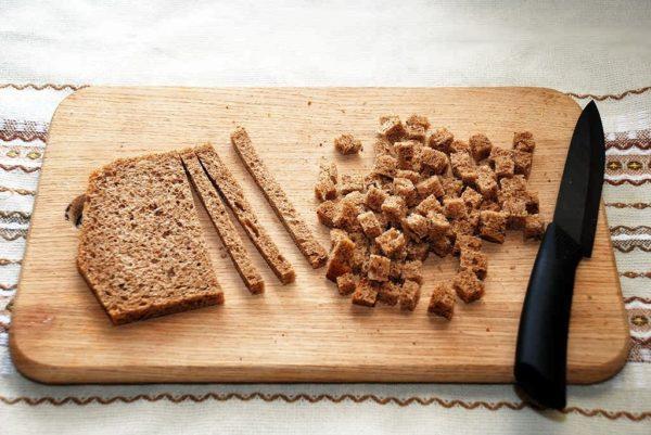 Сухари или вчерашний хлеб