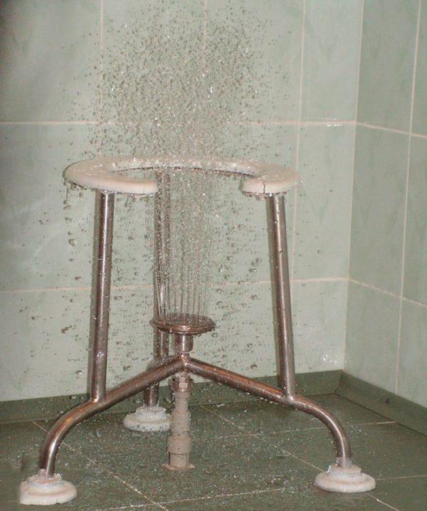 Восходящий теплый душ