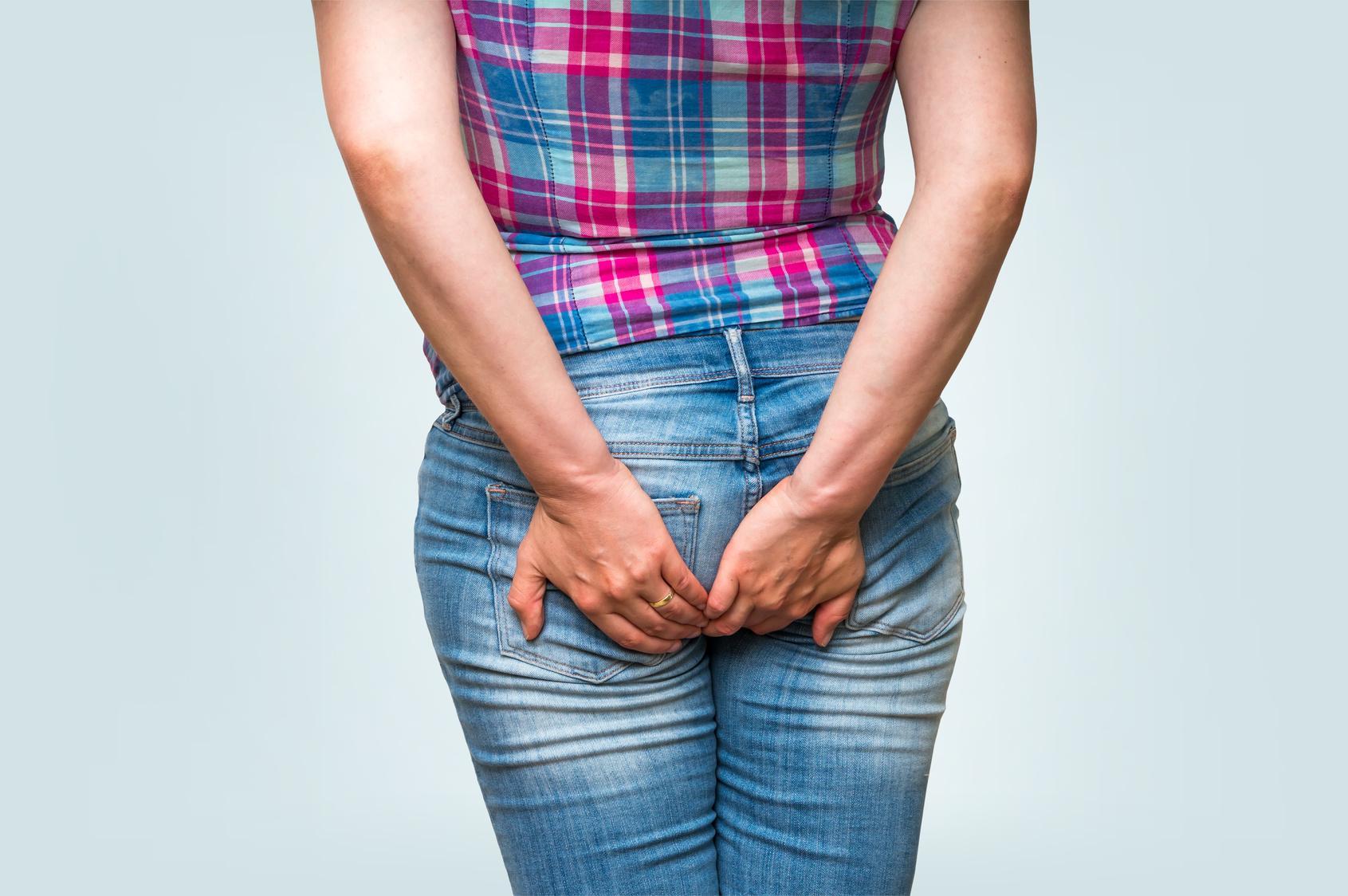 Причины, симптомы и лечение геморроя у женщин