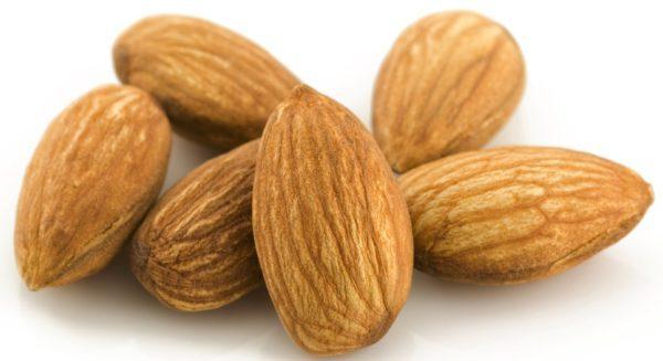Миндальный орех — великолепный нейтрализатор желудочной кислоты