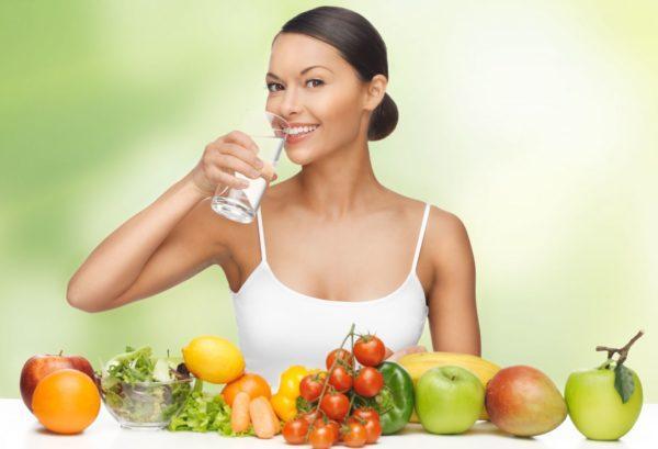 В домашних условиях вы можете придерживаться диетического питания и восстановить питьевой режим
