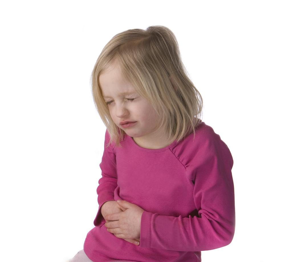 У ребенка болит живот в районе пупка
