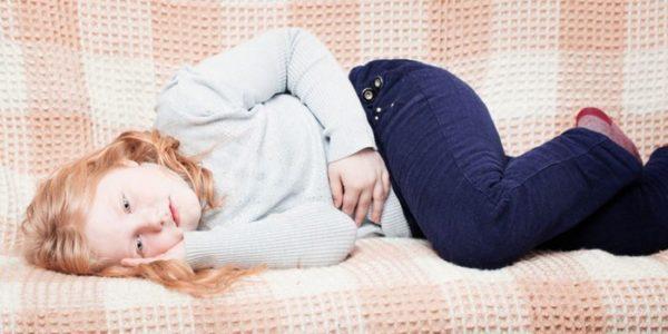 Часто детские жалобы на боли в животике бывают не столь безобидны. Особенно, если ребенок жалуется на боль в животе сразу после еды