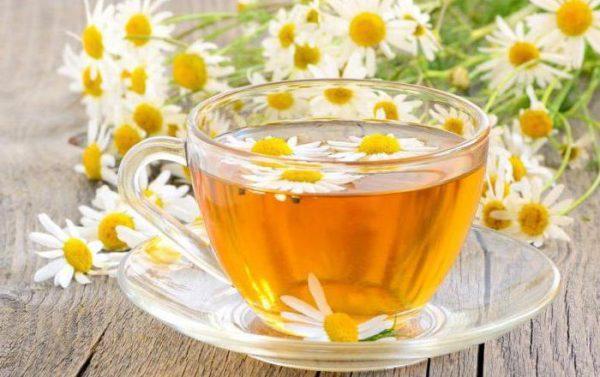 Для снятия и профилактики колик рекомендованы чаи с целебными травами