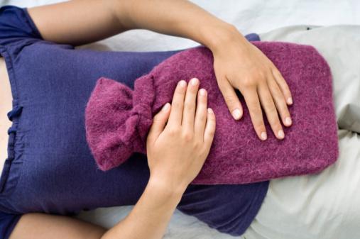 Прохладная грелка помогает снять симптомы