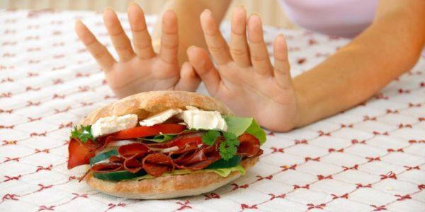 При появлении любых болезненных симптомов после введения в пищу одного из продуктов, его употребление стоит снова ограничить