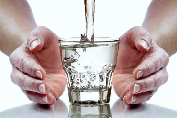Пить можно только кипяченую воду