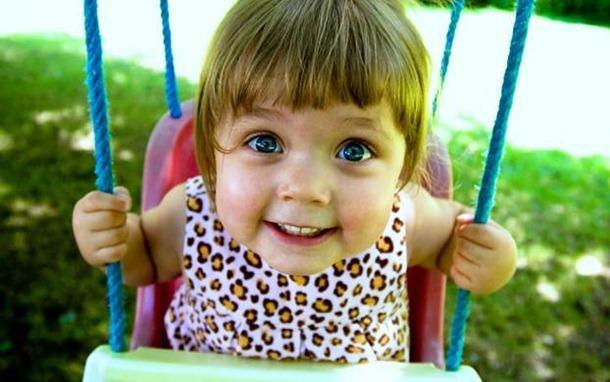 Слизь в кале у ребенка. Что делать если у ребенка слизь в кале. Почему у ребенка слизь в кале.