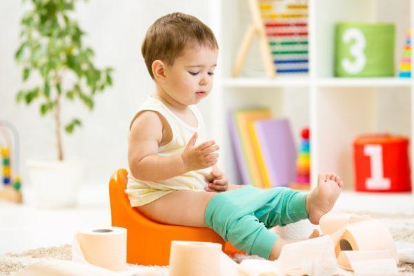 жирный кал у ребенка в год