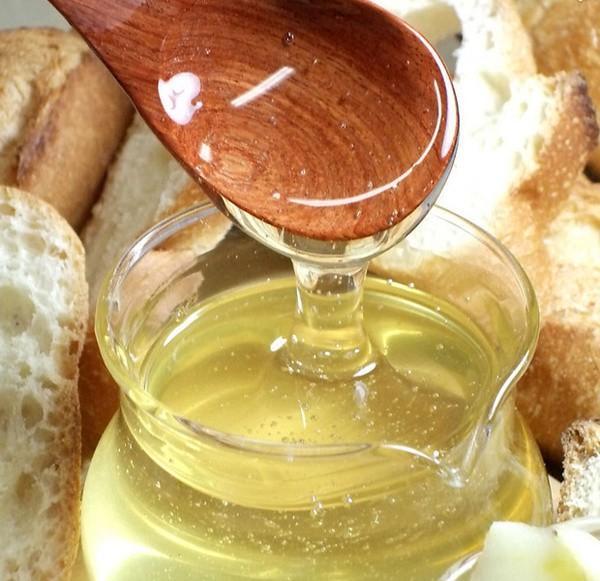 Цвет мёда может варьироваться от прозрачного до желтоватого