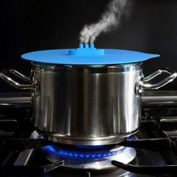 Чтобы блюда были максимально питательными, нужно готовить их на пару