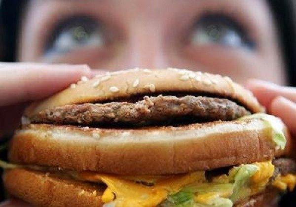 Чем вреднее ваша пища, тем сильнее обычно болеют органы желудочно-кишечного тракта