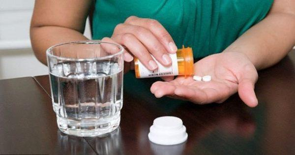 Лечения медикаментами зачастую вполне достаточно