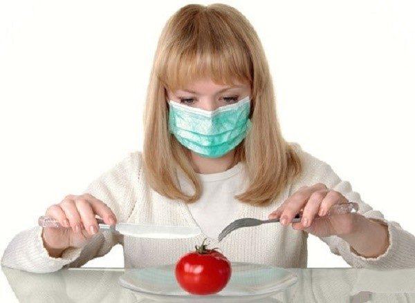 Пищевая аллергия также может спровоцировать понос
