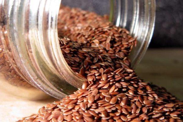 Семя льна, как и другие обволакивающие продукты, весьма эффективны при высокой кислотности