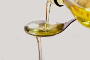 Оливковое или подсолнечное масло