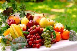 Другие фрукты в сыром виде