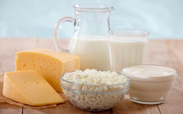 Лучше употреблять кисломолочные продукты