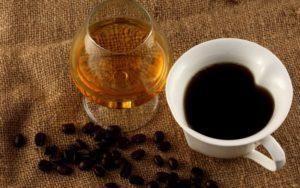 Алкоголь, кофе, кислые соки