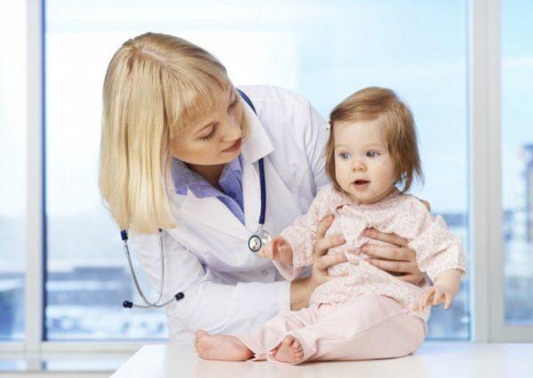 Если ребенка мучают запоры, необходимо показать его врачу