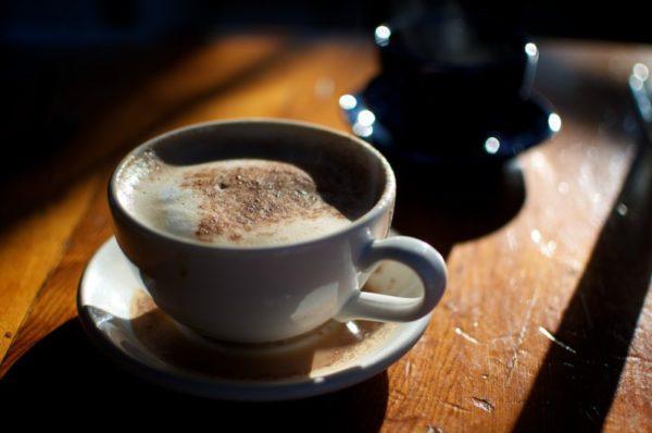 Кофе раздражает стенки желудка