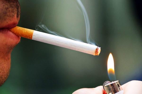 Курение - одна из причин заболевания