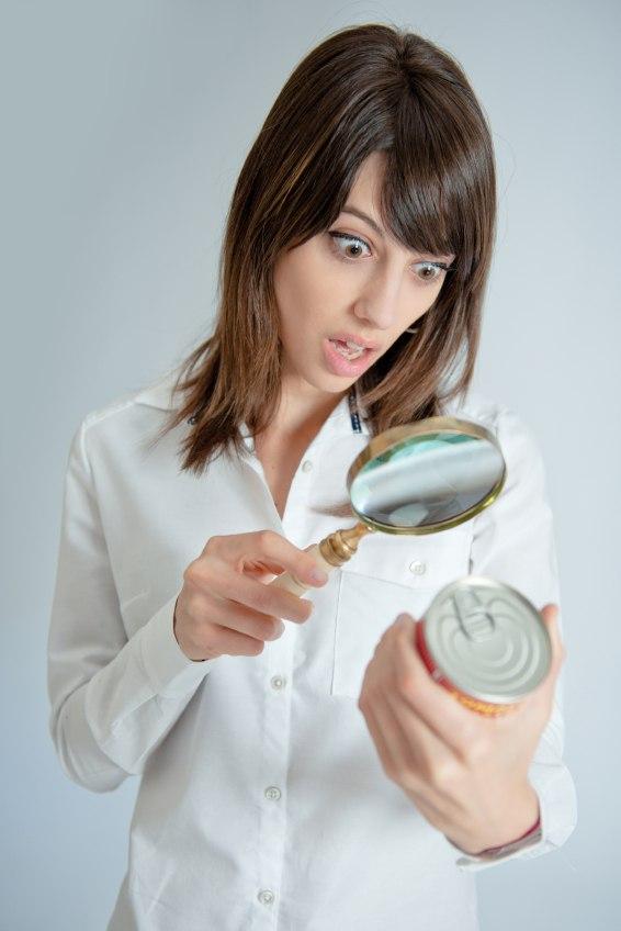 Нужно внимательно следить за сроком годности продуктов