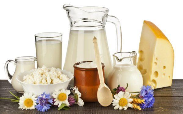 Молочные продукты нужно исключить из рациона
